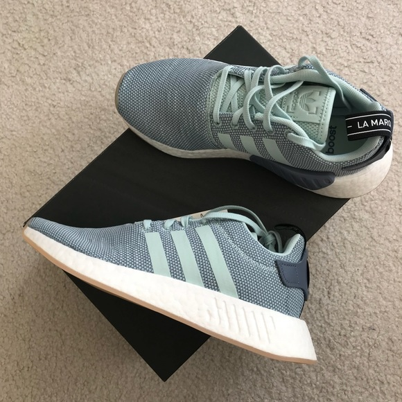 sports shoes 1d073 4ef17 NMD R2 Original in Ash Green NWT